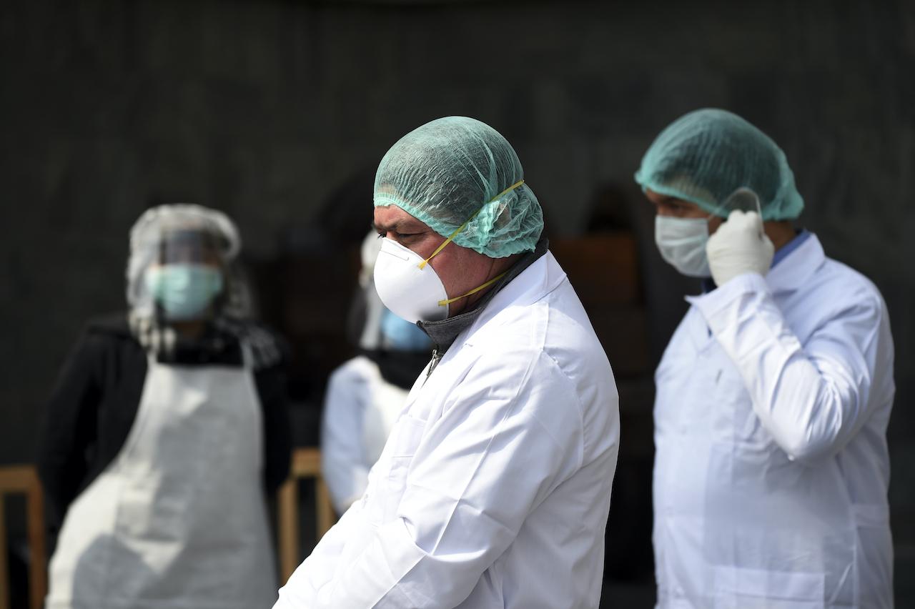 Covid-19: Venezuela registra la tasa de muertes de personal de salud mas alta de la región