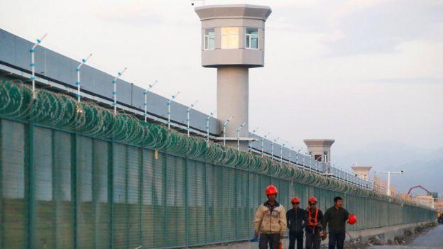 VIDEO   Joven muestra la realidad de un centro de detención en China para musulmanes uigures