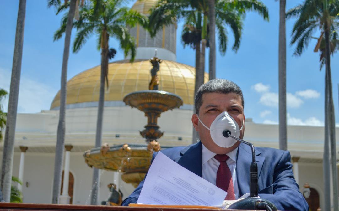 Luis Parra: Condenamos tratos crueles contra venezolanos en otras naciones
