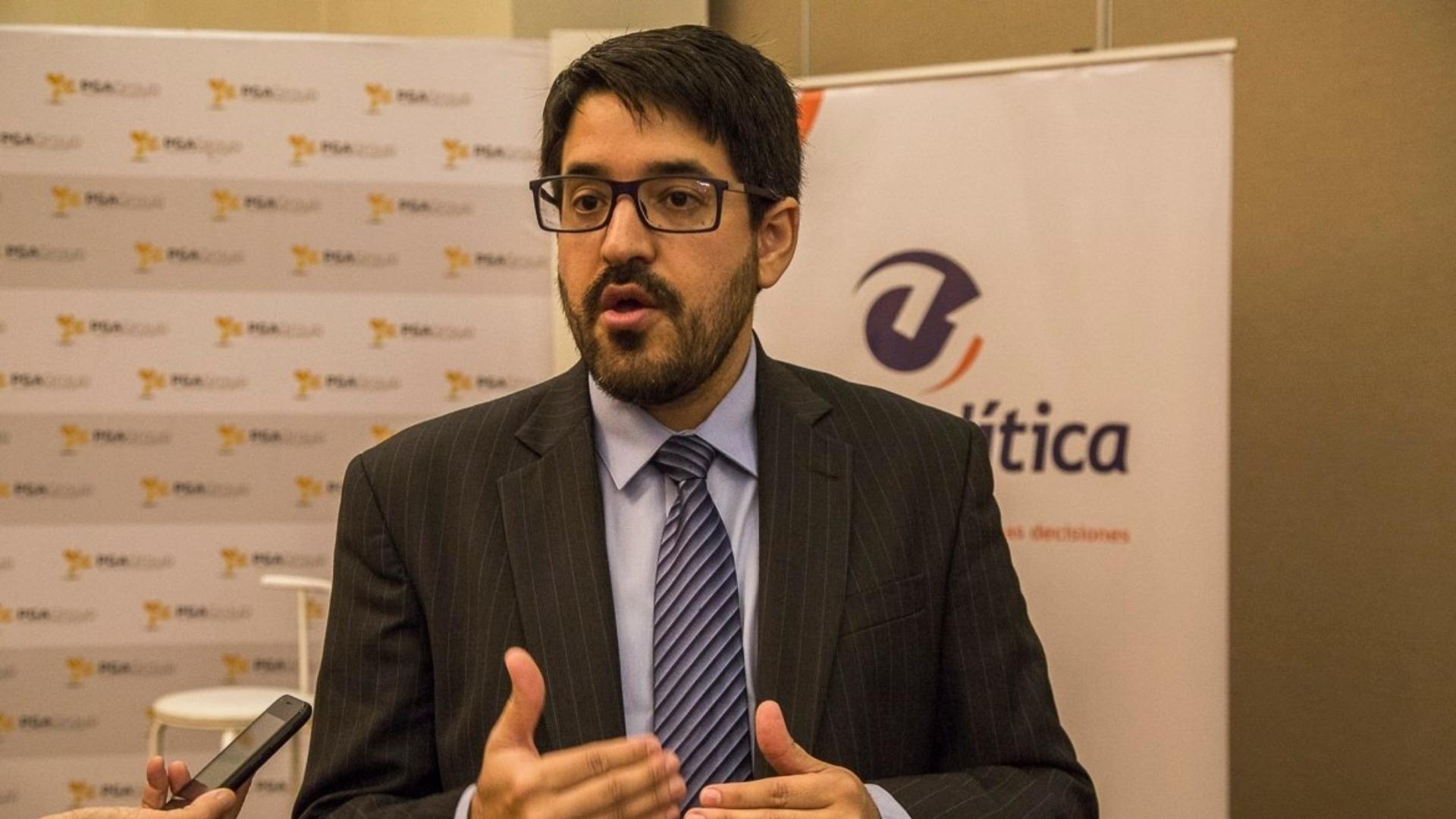 Asdrúbal Oliveros: La sanción contra el diésel generará el surgimiento de un mercado negro