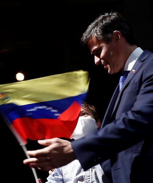 """Leopoldo López: """"Buscaremos todos los mecanismos para aliviar el sufrimiento del pueblo"""""""