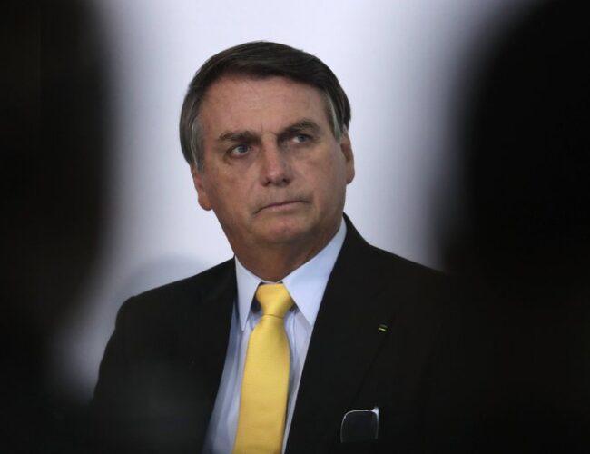 Brasil: Bolsonaro rechaza vacuna china contra COVID-19 y anuló la compra anunciada