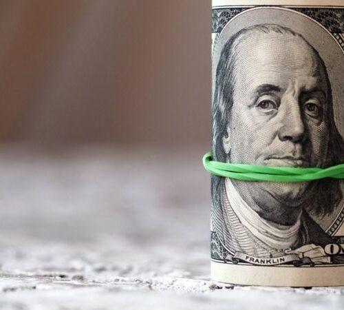 """David Mendoza: """"Las remesas no hacen crecer la economía y el PIB del país"""""""