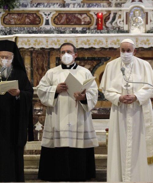 Líderes religiosos del mundo rezan por la paz y el fin de la pandemia