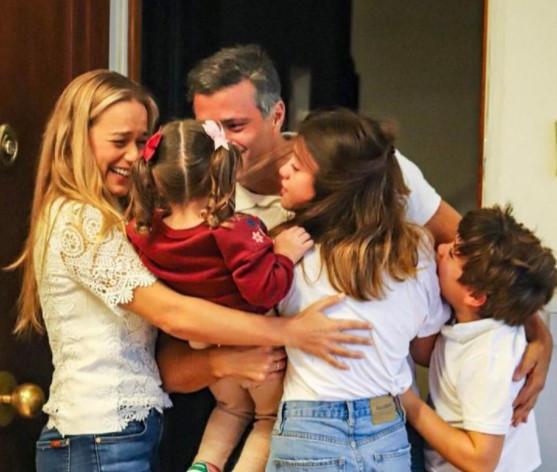 Última Hora | Divulgan  imágenes de Leopoldo López con su familia en Madrid