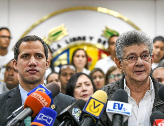 """Aseguran que presidencia del """"gobierno interino"""" pasará a Henry Ramos Allup el 5 de enero"""