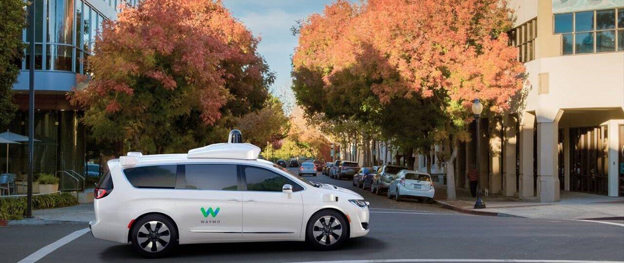 Waymo One es el primer servicio autónomo de taxis disponible al público