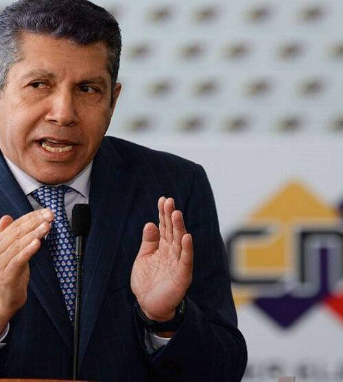 """Henri Falcón sobre la oposición de Guaidó: """"Mientras el ciudadano sufre ellos juegan a un colapso"""""""