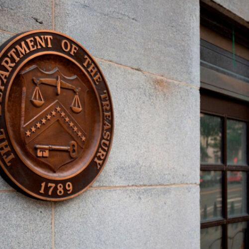 Departamento del Tesoro de EEUU emite licencia autorizando algunas transacciones con PDVSA