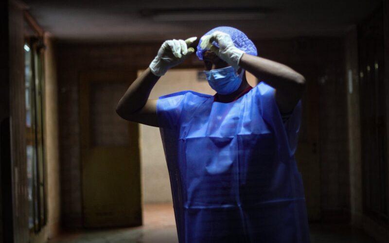 Cinco médicos venezolanos fallecieron por Covid-19 la última semana