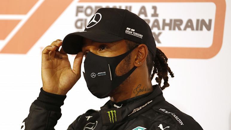 Hamilton da positivo para Covid-19 y podría perderse las últimas dos carreras