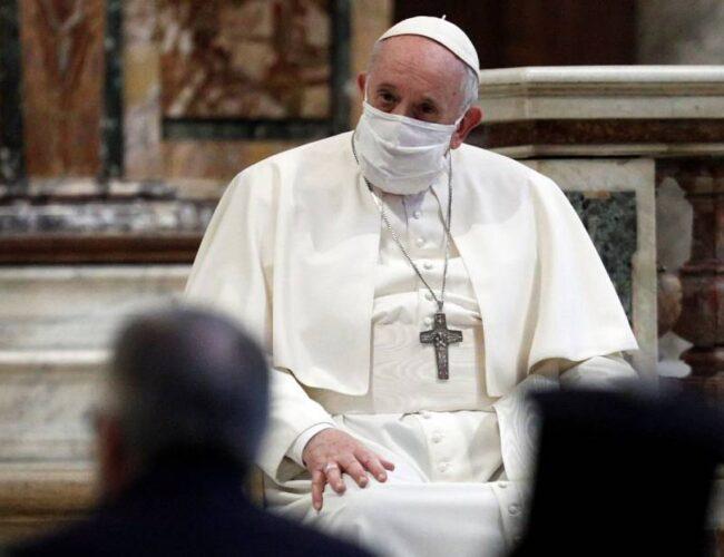 El papa Francisco aseguró que ningún empleado del Vaticano perderá su trabajo