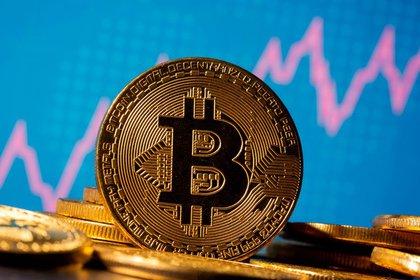 El Bitcoin sigue rompiendo records y alcanza los $30.000