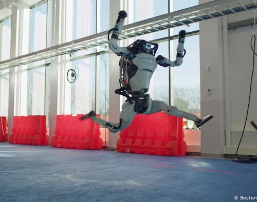 Video   Boston Dynamics busca empatía por los robots con baile
