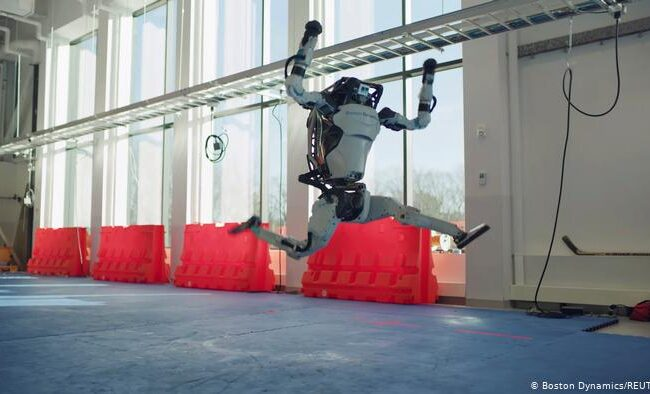 Video | Boston Dynamics busca empatía por los robots con baile