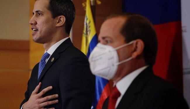 Guaidó aseguró que no se irá del país y pidió unidad a la oposición