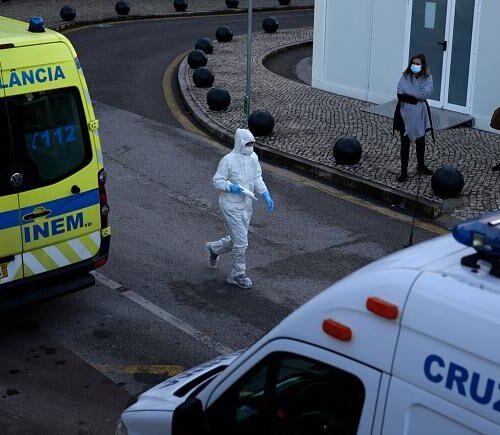 Portugal refuerza cierre en medio de un aumento de casos de coronavirus