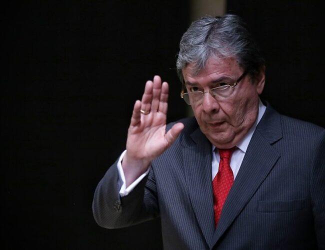 Falleció por Covid-19 el ministro de Defensa de Colombia Carlos Holmes Trujillo