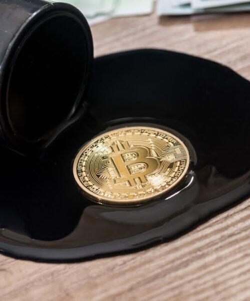 Petróleo y Bitcoin pausan su crecimiento luego de cifras prometedoras en diciembre