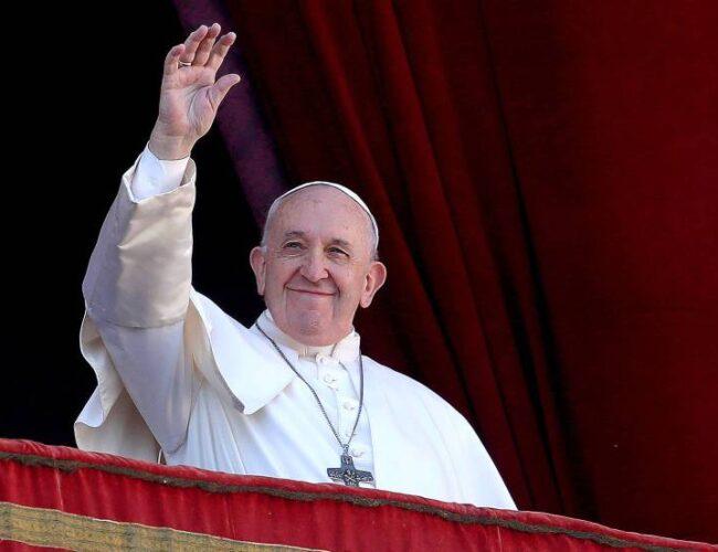 Papa Francisco pidió canales humanitarios para menores migrantes
