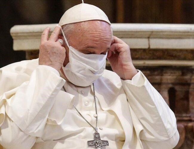 El papa Francisco recibió la segunda dosis de la vacuna y ya está inmunizado al Covid-19