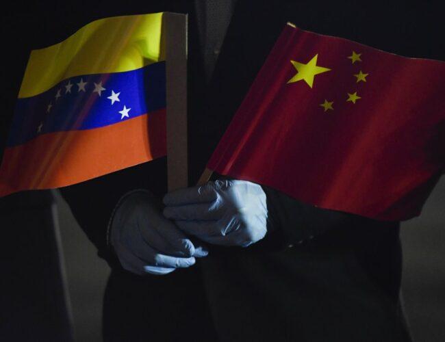 China disminuye préstamos para América Latina a medida que el virus tensa los lazos