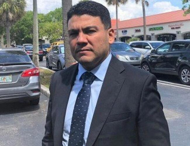 Javier Troconis se defendió de acusaciones de corrupción en su contra