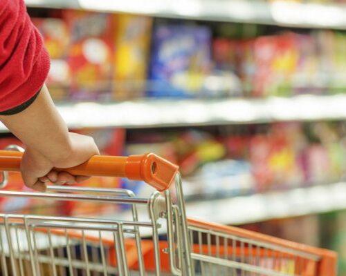 Venezolanos necesitan al menos 380 salarios mínimos para comprar canasta alimentaria