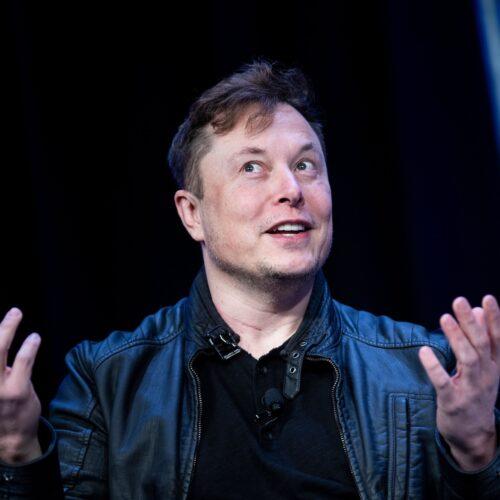 Tesla dice que aceptará Bitcoin como pago y este sube un 15% tras anuncio