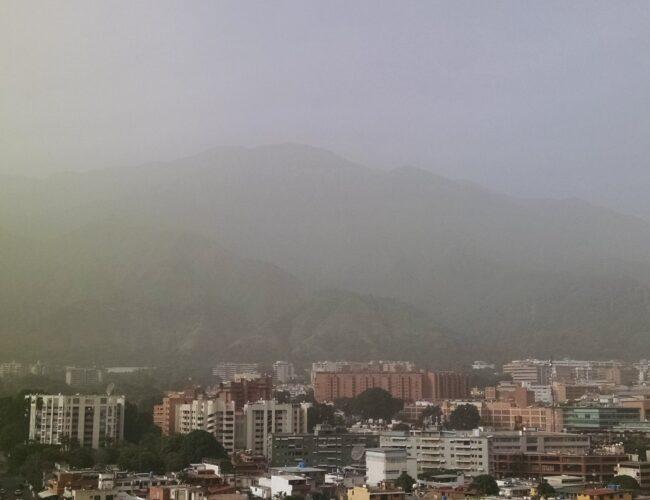 Polvo del Sahara permanecerá en Venezuela al menos durante 96 horas