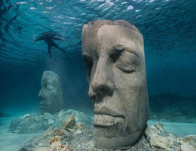El museo subacuático protege la vida marina en el mar Mediterráneo