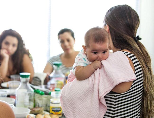"""El 53% de las mujeres chilenas sufre de """"pobreza de tiempo"""""""