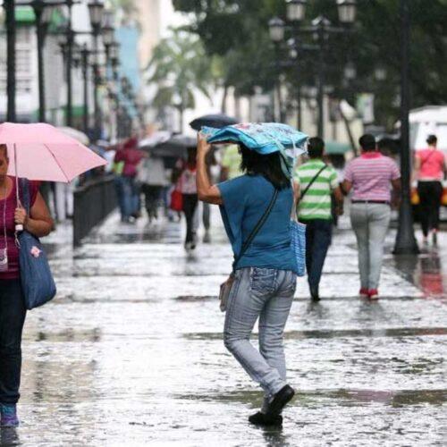 Nubosidad y eventuales lloviznas se esperan para este domingo