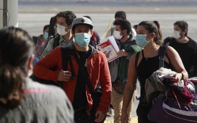 Estudio ubica a Chile como el país donde más empeoró la salud mental durante la pandemia
