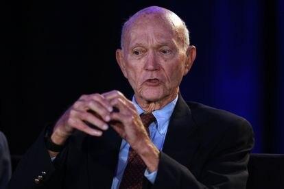 Falleció Michael Collins el astronauta que acompañó a Neil Armstrong en su expedición a la luna