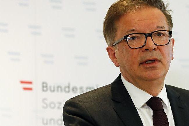 """Ministro de salud de Austria renuncia por """"agotamiento"""" tras la respuesta ante el Covid-19"""
