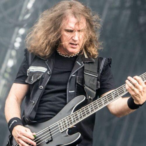 Megadeth despide a su bajista por intercambio de contenido sexual con una supuesta menor