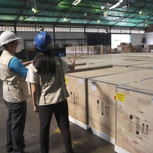 Arribó a Venezuela primer cargamento de congeladores para el almacenamiento de vacunas donado por Unicef
