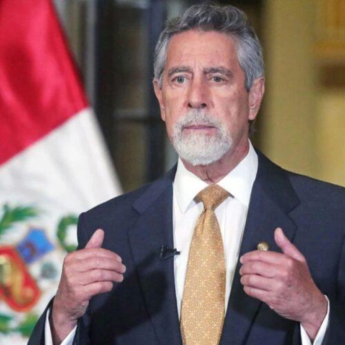 Congresistas de Perú amenazan con proceso de vacancia a Sagasti