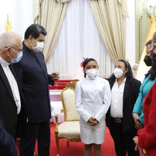 """Maduro aseguró que reunión con la Conferencia Episcopal fue de """"perdón y reconciliación"""""""