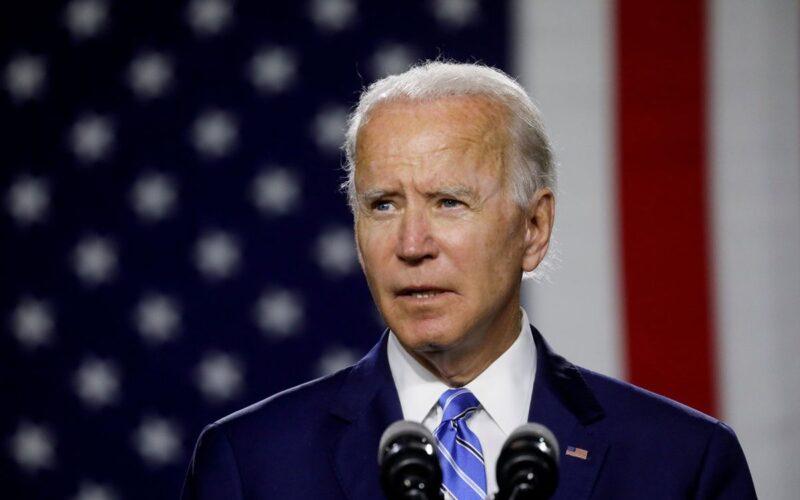 Biden anuló regla del gobierno de Trump y prohíbe la discriminación contra gays y transgéneros