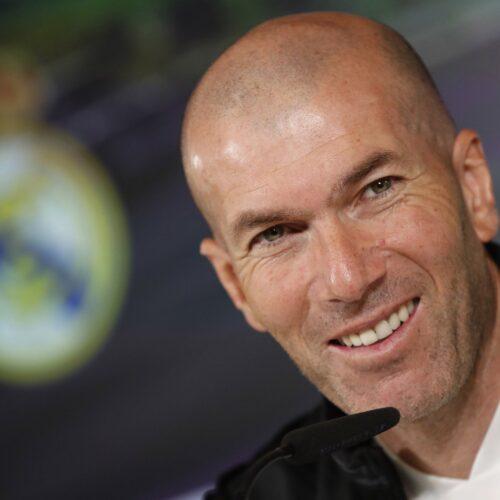 Zinedine Zidane aumenta las dudas de si seguirá en el banquillo del Real Madrid