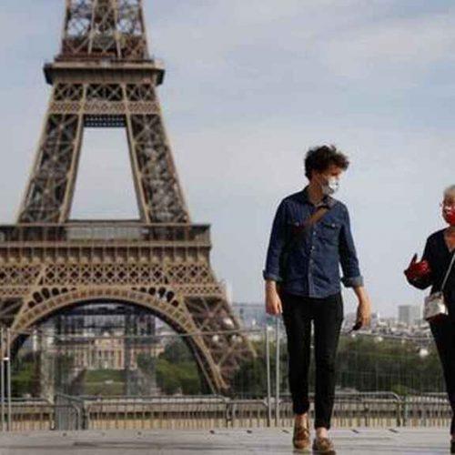 Francia le dice adiós al uso de mascarillas en la calle y adelanta fin del toque de queda