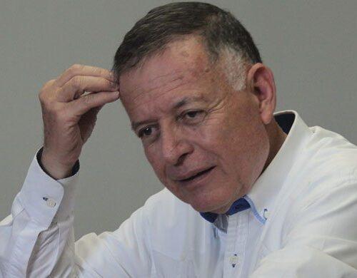Arias Cárdenas sería el favorito del PSUV para asumir la gobernación del Zulia