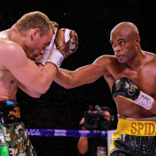 Boxeo: Anderson Silva derrotó al excampeón mundial Julio César Chávez Jr.