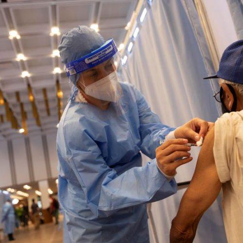 Países estudian colocar la tercera dosis como refuerzo contra el Covid-19