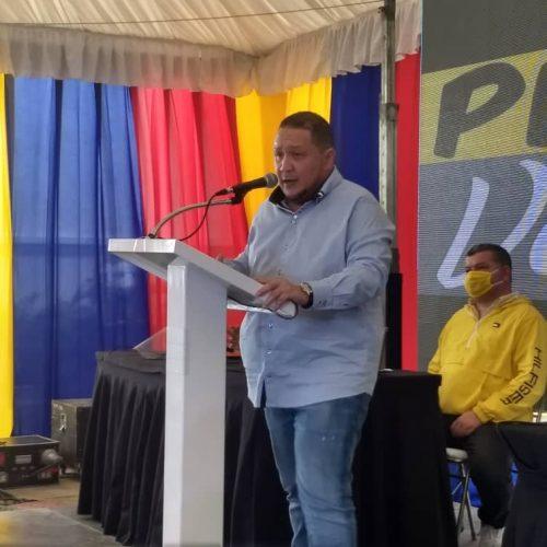 Diputado José Brito rechazó bloqueo del COVAX para adquirir vacunas para los venezolanos