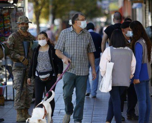 Chile registra una tasa de positividad en las pruebas PCR del 1,97%