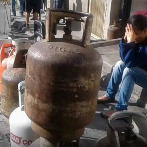 Hombre murió tras explosión de bombona de gas y otra de oxígeno en Santa Teresa