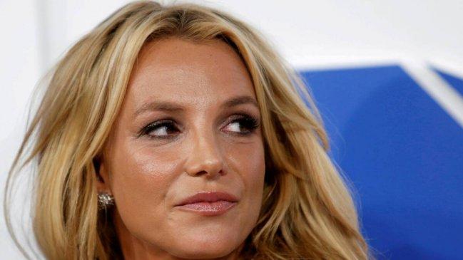 Britney Spears no dará conciertos ni presentaciones mientras su padre la siga controlando